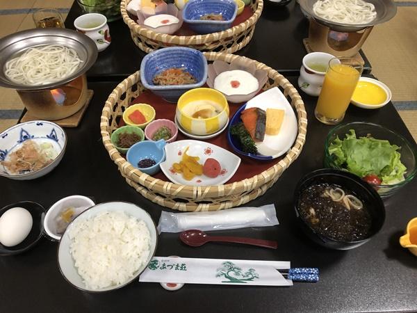 あづま荘の朝食